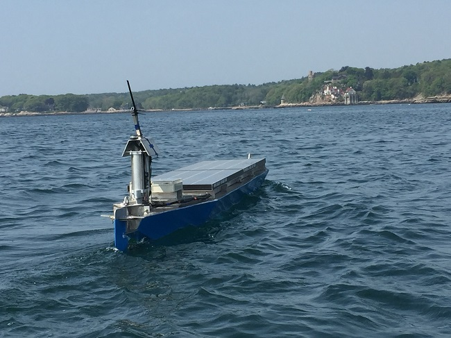 07260_Solar-Voyager-Sea-Trials-Gloucester-Harbor-1