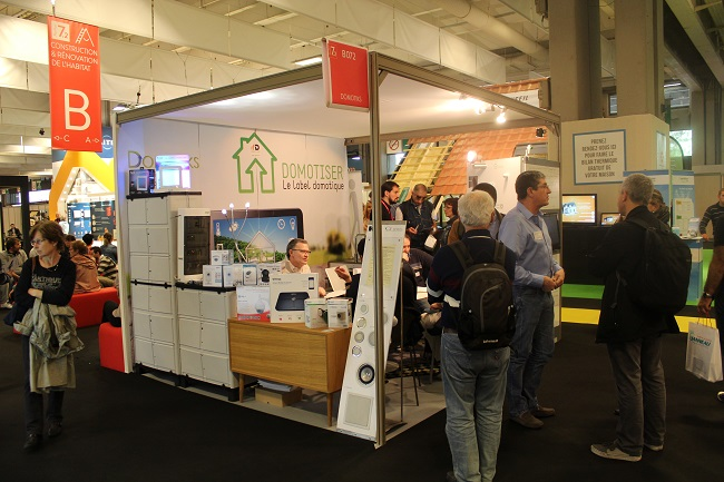 Op ration s duction de la smart home la foire de paris 2015 for Stand de foire
