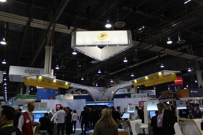Laposte-stand-ces-2016