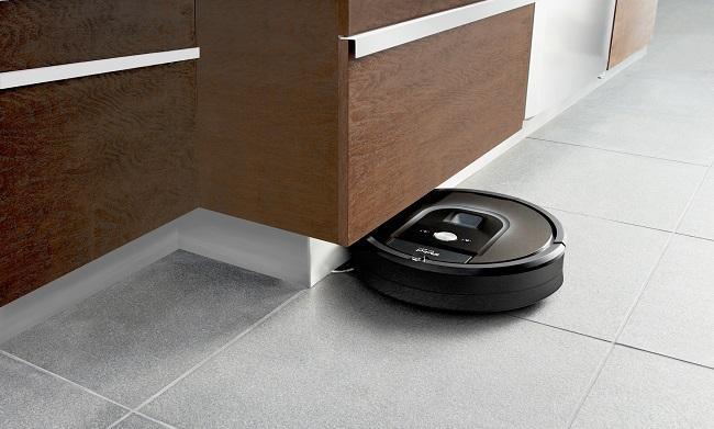 Roomba+980_toe+kick (1)