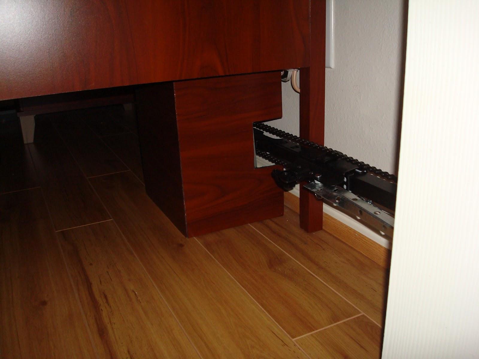 L 39 art de fermer la porte de sa chambre avec un m canisme d - L encadrure de la porte ...