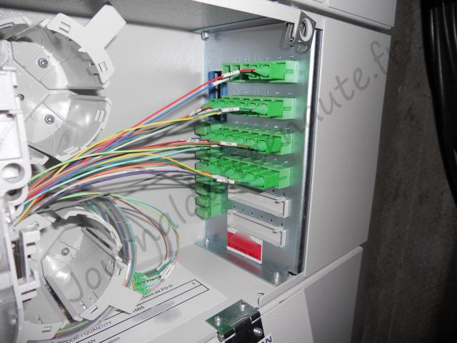 D ploiement de la fibre optique ftth dans un immeuble - Comment s installe la fibre optique ...