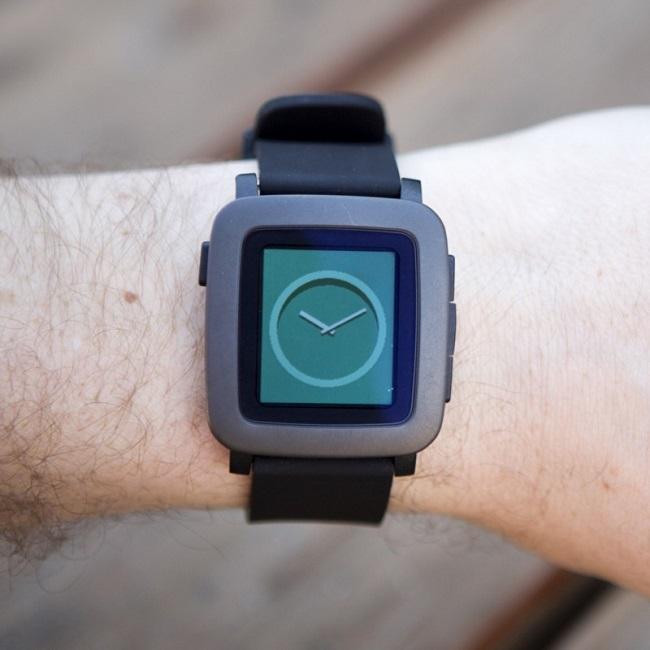 pebble-time-cadran-analogique