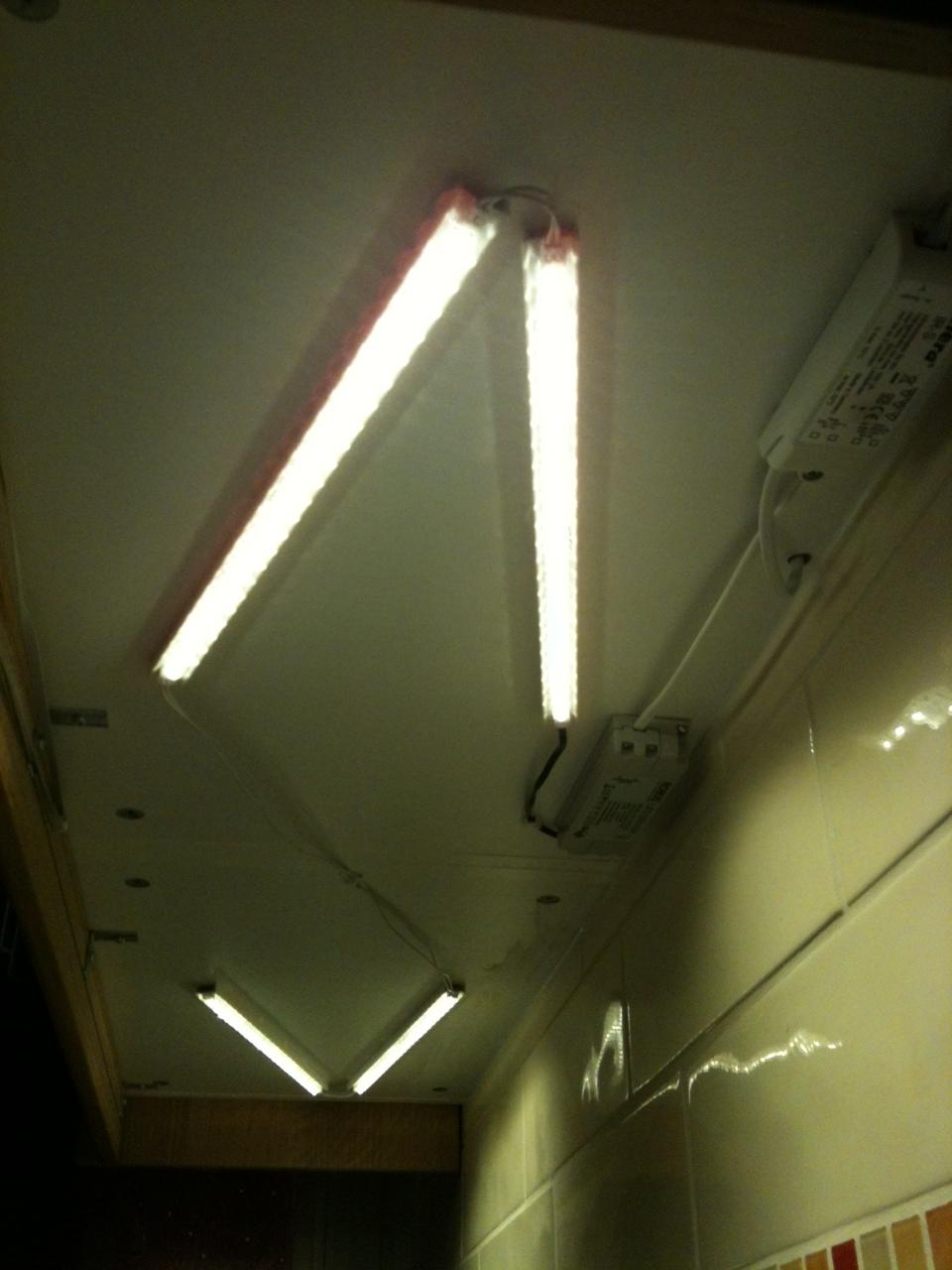 hera ir-s : en cuisine la commande d'éclairage se fait sans contact