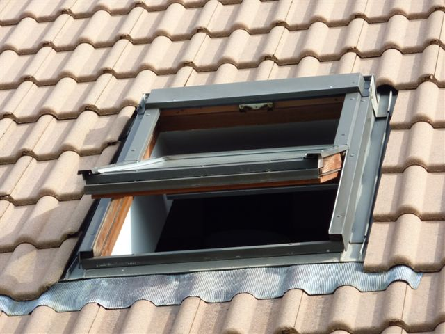 Velux r novation de fen tre de toit for Poser fenetre de toit